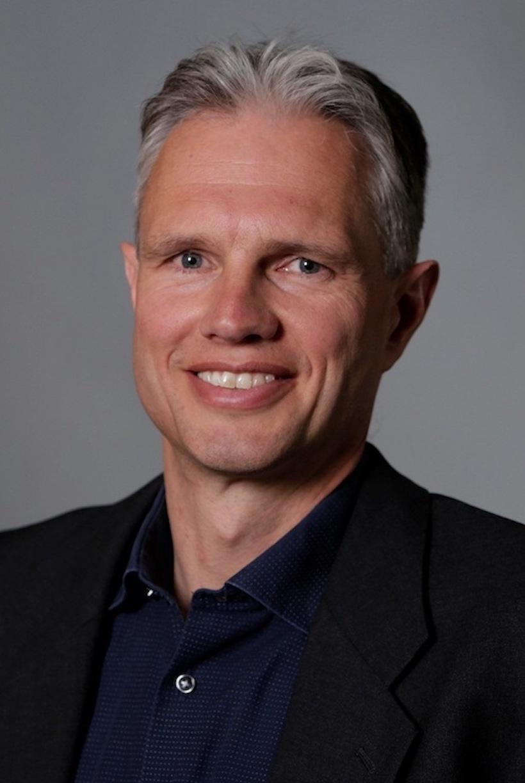 Stefan_Kostense_Janssen_BioTech_Pharma_Summit_profile_2