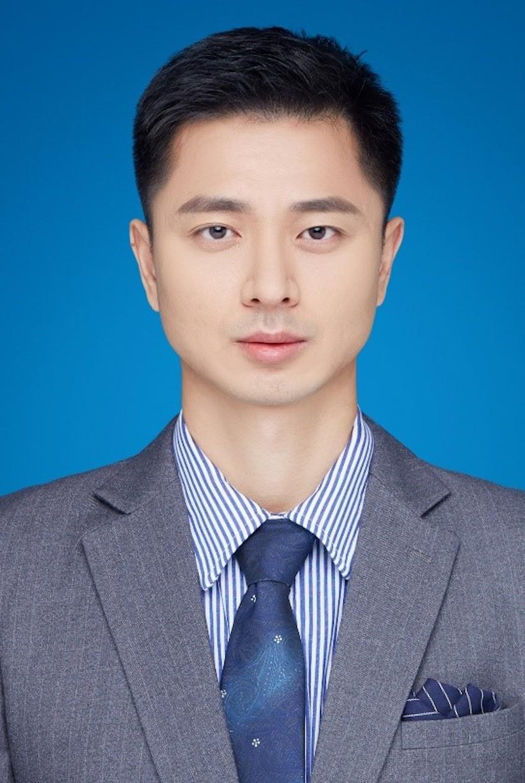 Li Chen_headshot_BioTech_Pharma_Summit_Gallery
